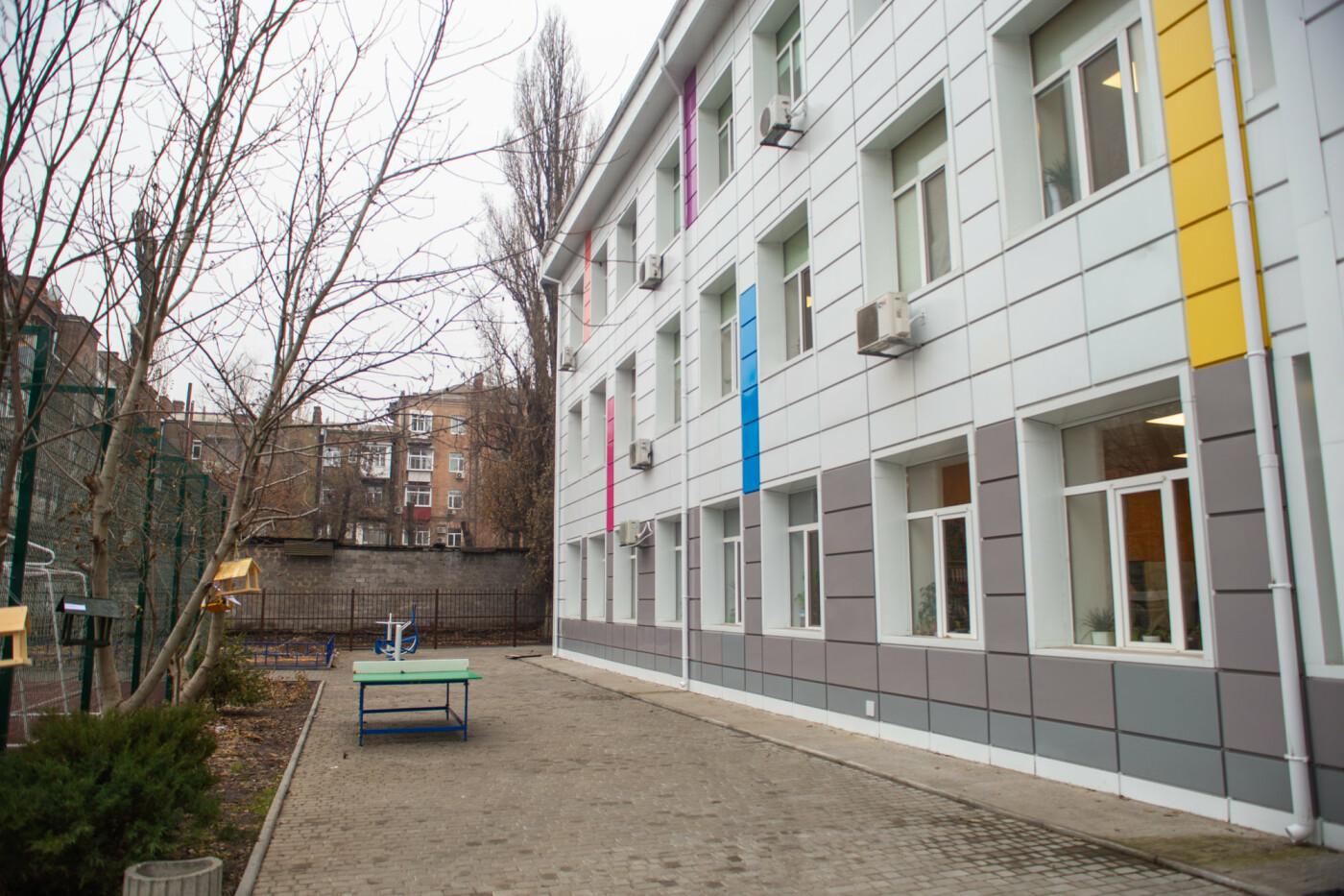 В Днепре старая школа превратилась в яркую и современную, - ФОТО, фото-4