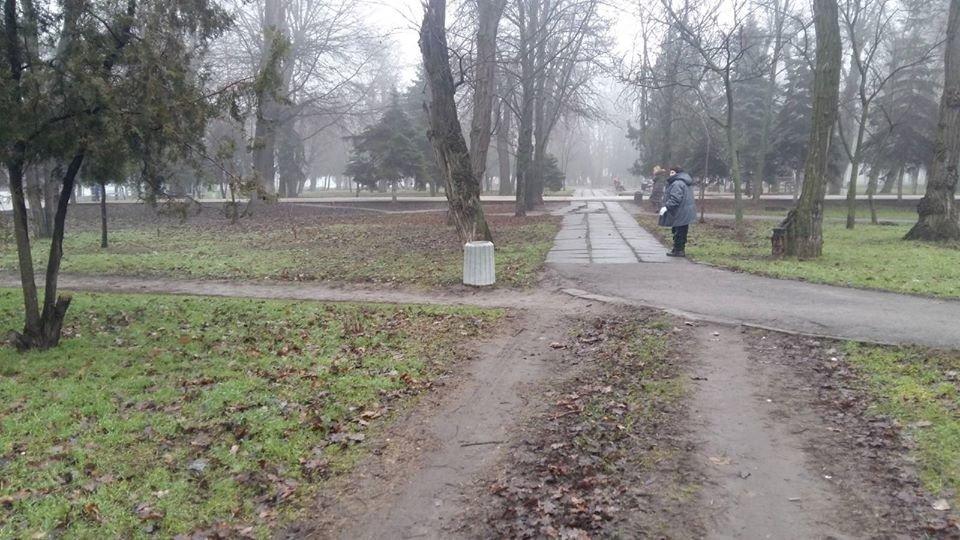 В Днепре устанавливают новые урны в парках и зеленых зонах, - ФОТО, фото-6