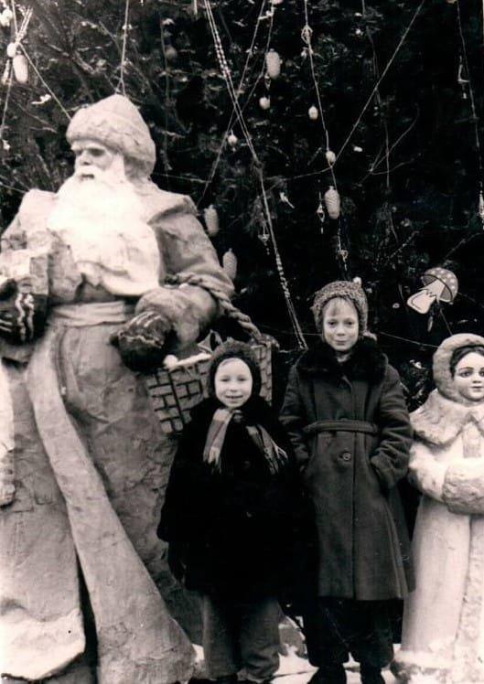 От 20-х до 90-х: архивные новогодние фотографии Днепра , фото-2