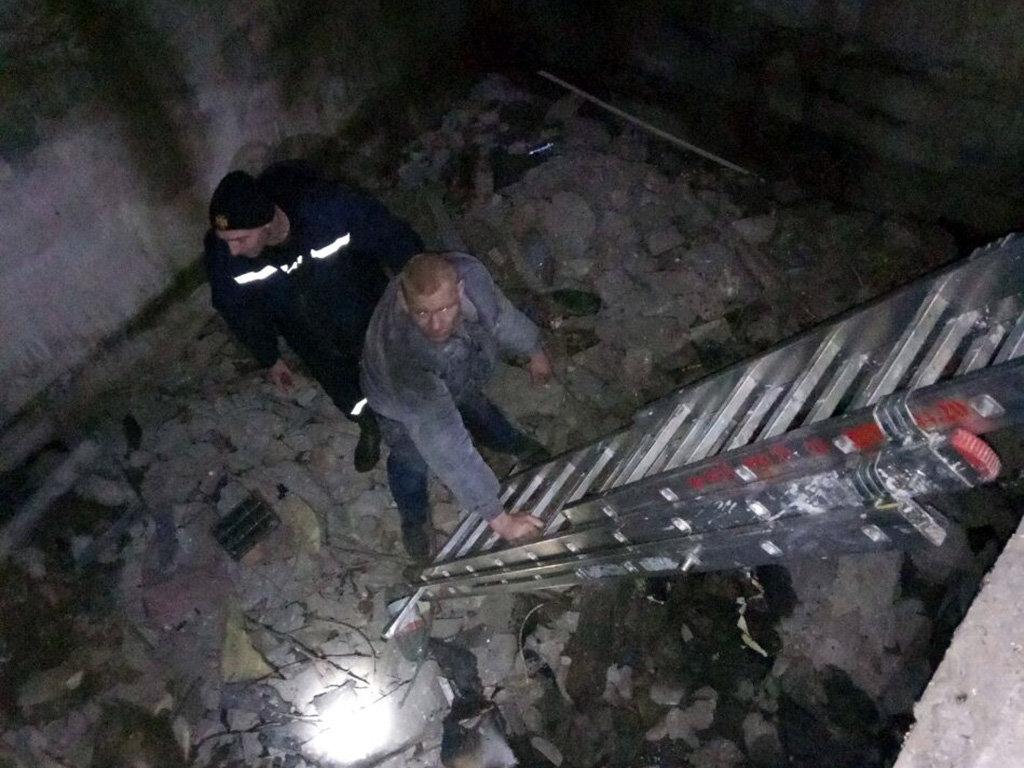 На Днепропетровщине мужчина попал в яму и не мог выбраться, - ФОТО, фото-1