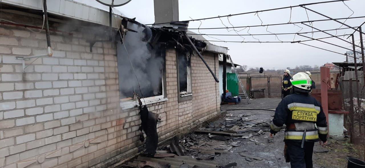 В Днепропетровской области в частном секторе горело жилое здание, - ФОТО, фото-2