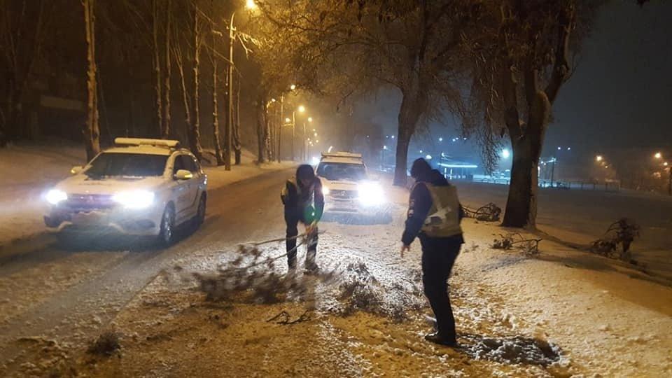 Снегопад в Днепре: состояние дорог в городе и по области , фото-4