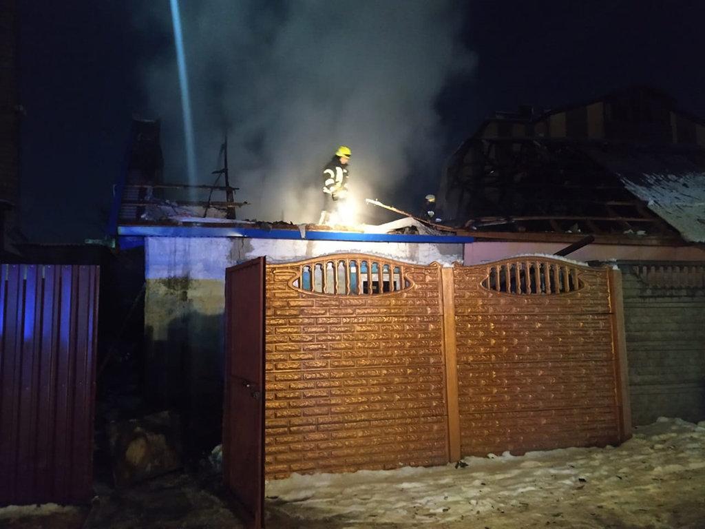 В Днепре 12 пожарных тушили пожар в частном доме, - ФОТО, ВИДЕО, фото-4