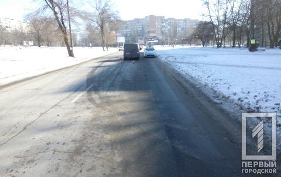 На Днепропетровщине автомобиль сбил пенсионерку, которая переходила в неположенном месте, - ФОТО, фото-1