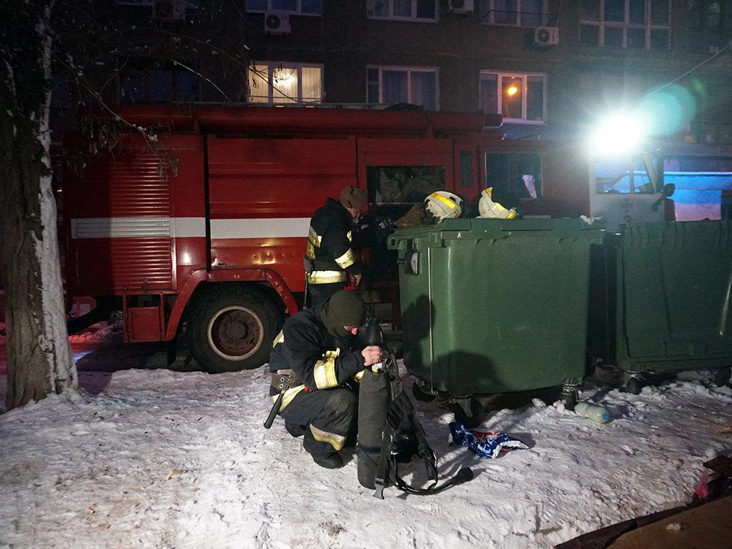 Пожар в общежитии в Днепре: 40 человек спасли, шестеро госпитализированы, - ФОТО, фото-3
