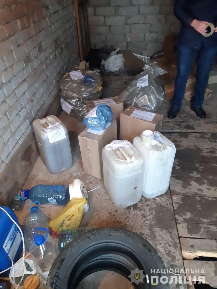 """В Днепропетровской области мужчина производил """"самопальный"""" алкоголь и продавал его в интернете, - ФОТО, ВИДЕО, фото-2"""