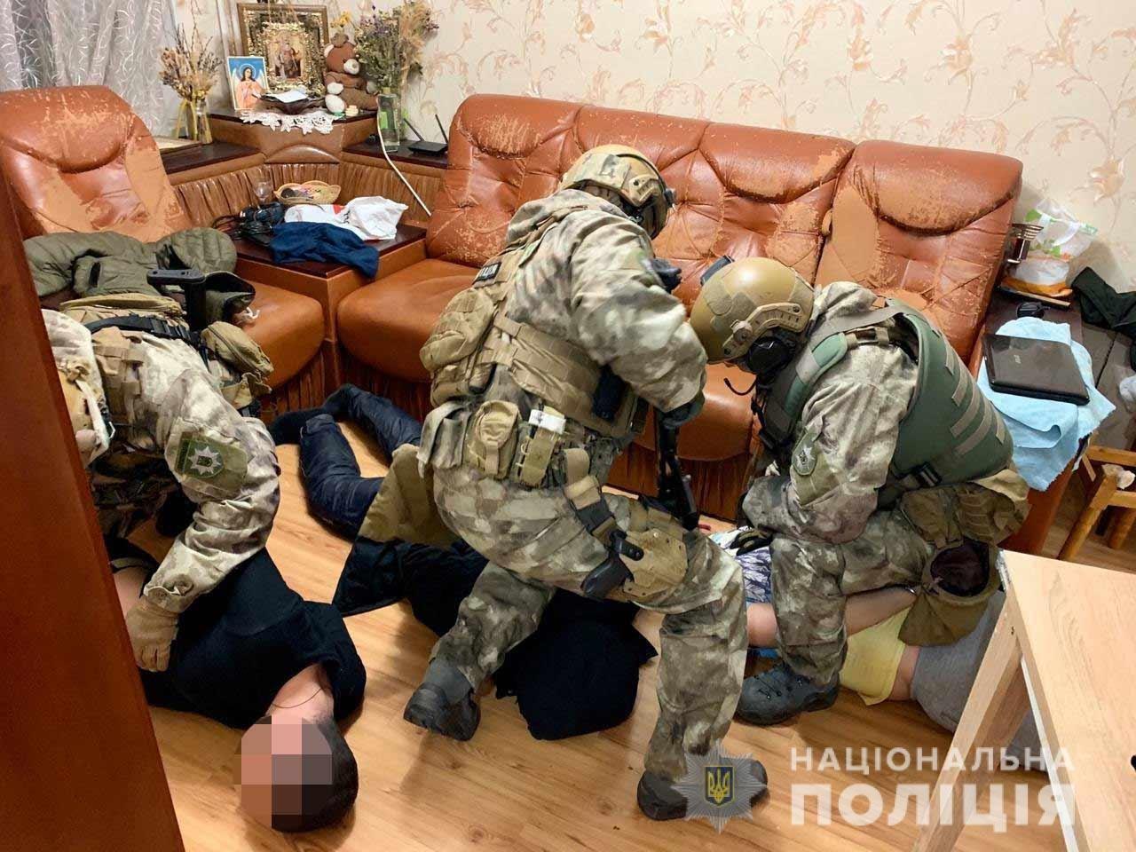 В Днепре задержали преступную группировку, члены которой были в Audi в момент аварии на Слобожанском, - ФОТО, ВИДЕО, фото-2