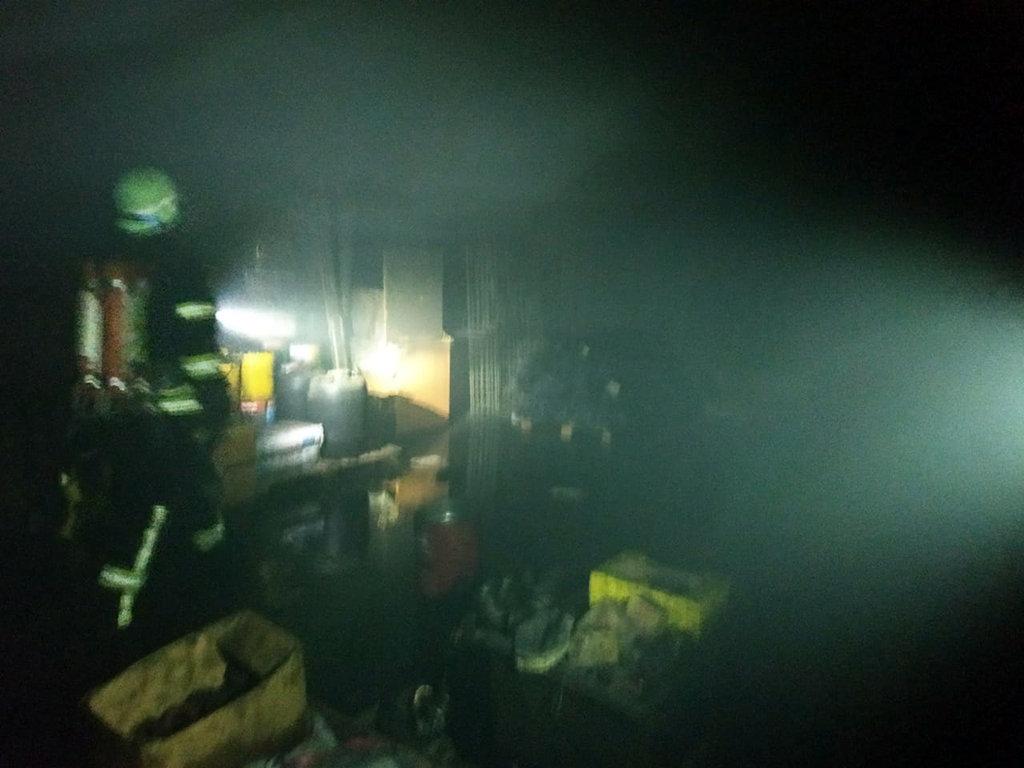 На Днепропетровщине горел цех по изготовлению металлической сетки, - ФОТО, фото-2