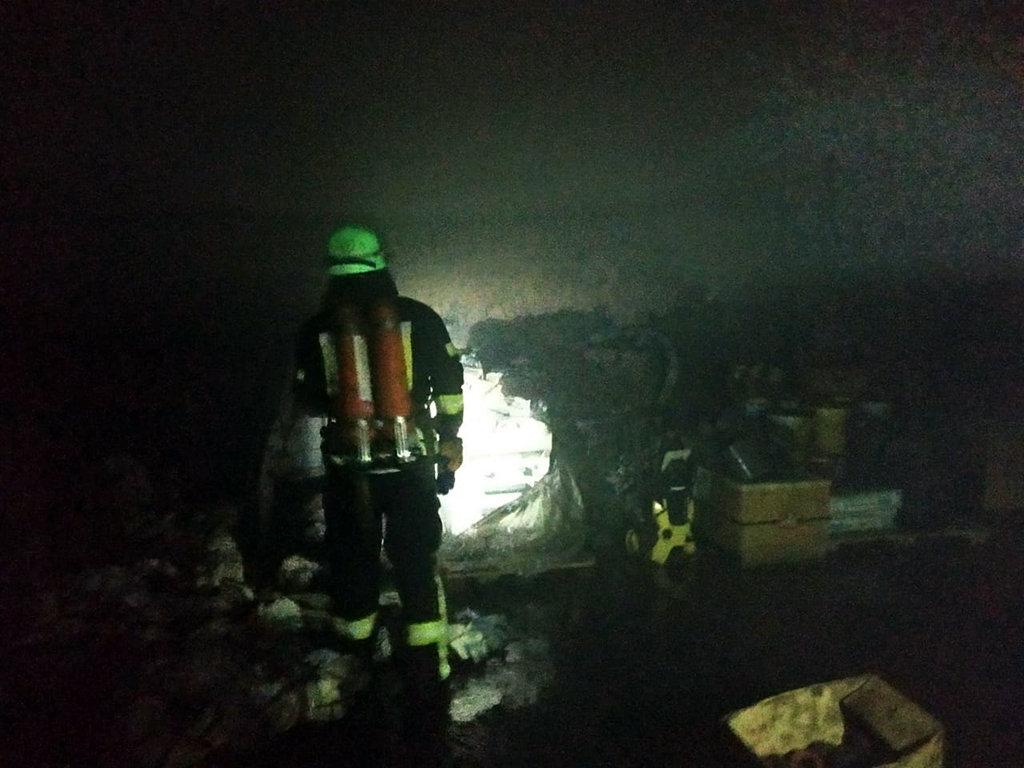 На Днепропетровщине горел цех по изготовлению металлической сетки, - ФОТО, фото-3