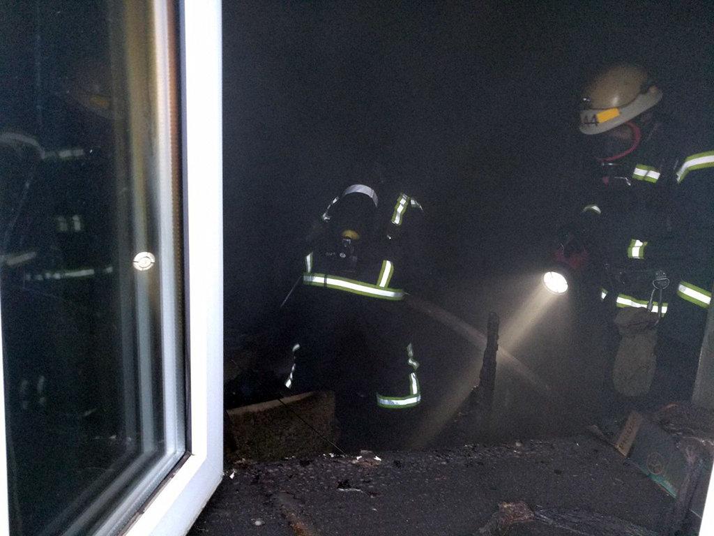 В Днепропетровской области на пожаре в жилом доме погиб мужчина, - ФОТО, ВИДЕО, фото-2