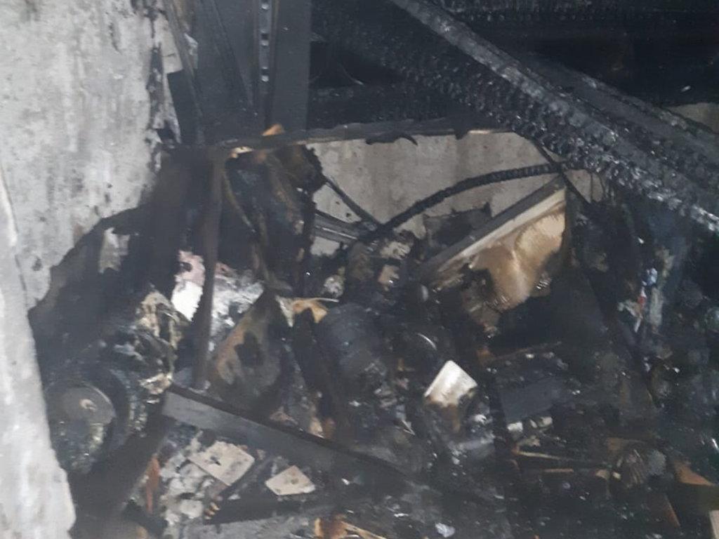 На Днепропетровщине случился пожар на балконе одного из жилых девятиэтажных домов, - ФОТО, фото-3