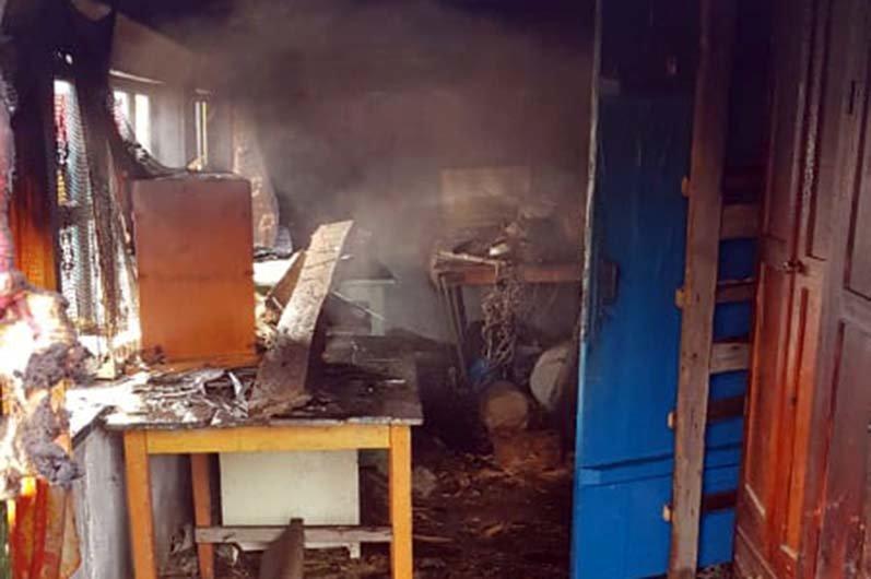 В Днепропетровской области горел жилой дом: на пожаре погиб мужчина, - ФОТО, фото-2