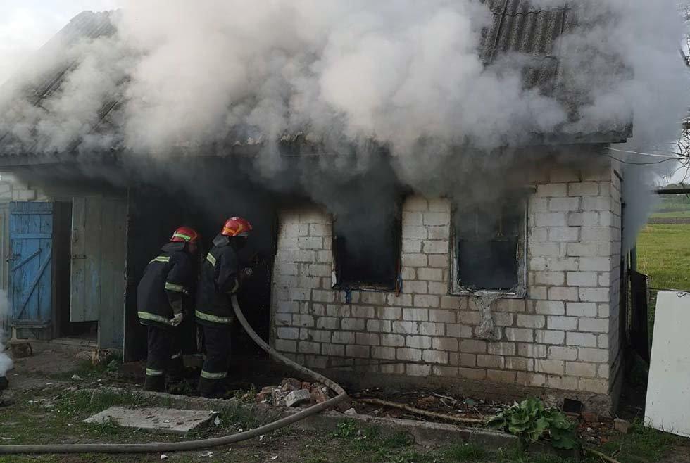 Под Днепром потушили пожар в частном секторе, - ФОТО, фото-4