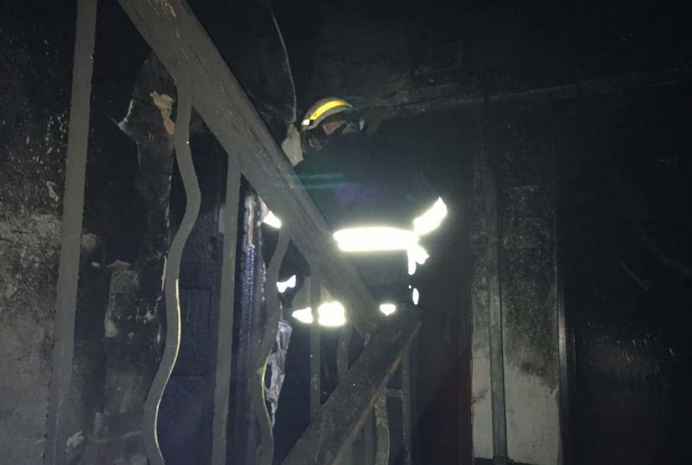 В Днепропетровской области в многоэтажке произошел пожар, - ФОТО, фото-1