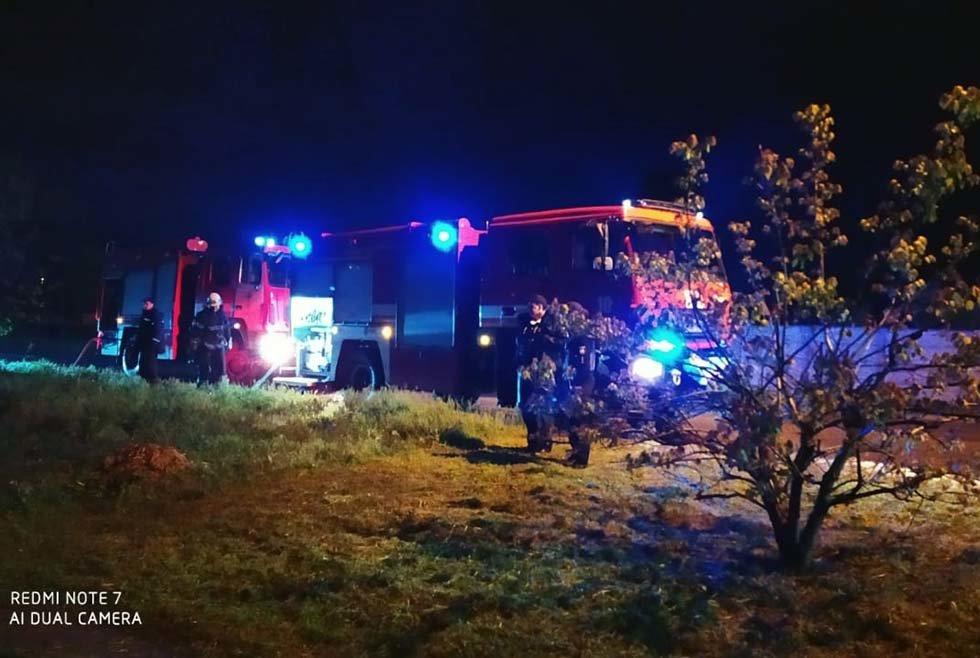 На Днепропетровщине пожар уничтожил крышу жилого дома, - ФОТО, фото-3