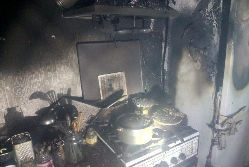 Под Днепром произошел пожар в квартире: в ванной нашли тело мужчины, - ФОТО, фото-1