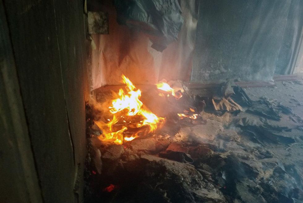 На Днепропетровщине час тушили пожар в жилом доме, - ФОТО, фото-3