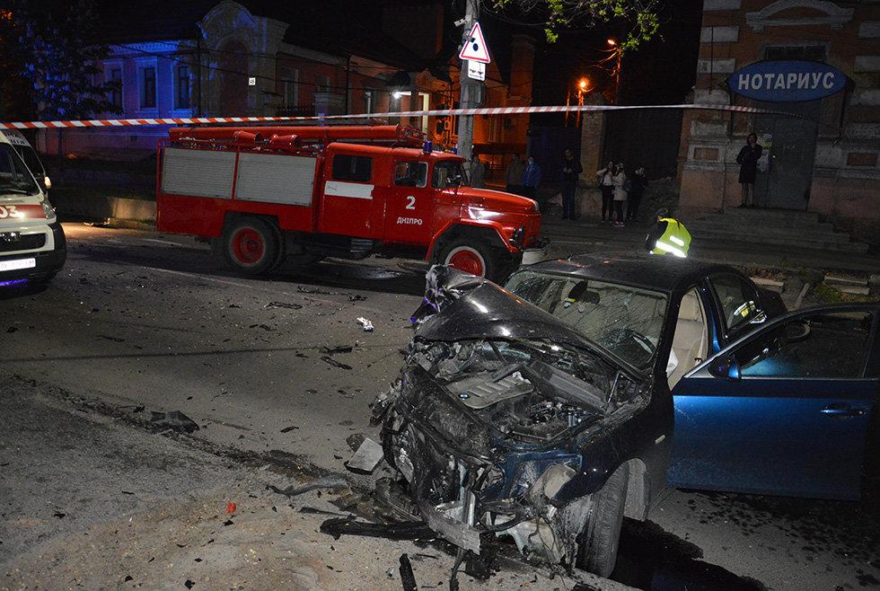 В Днепре вечером Mitsubishi врезался в легковушку, убегая от полиции, - ФОТО, фото-1