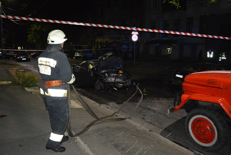 В Днепре вечером Mitsubishi врезался в легковушку, убегая от полиции, - ФОТО, фото-5