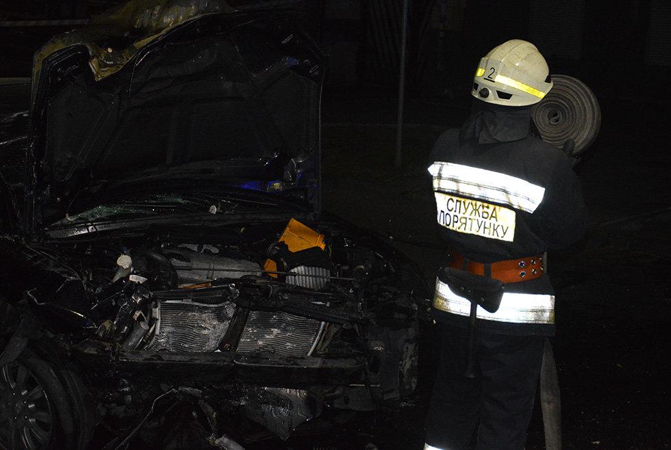 В Днепре вечером Mitsubishi врезался в легковушку, убегая от полиции, - ФОТО, фото-6