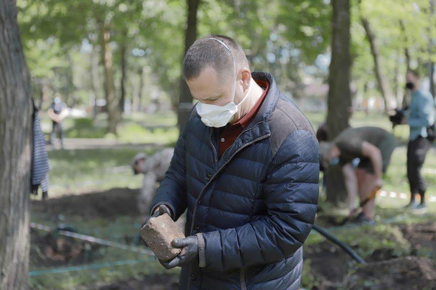 Борис Филатов о старте раскопок на месте предполагаемого расположения Лазаревской церкви, фото-5