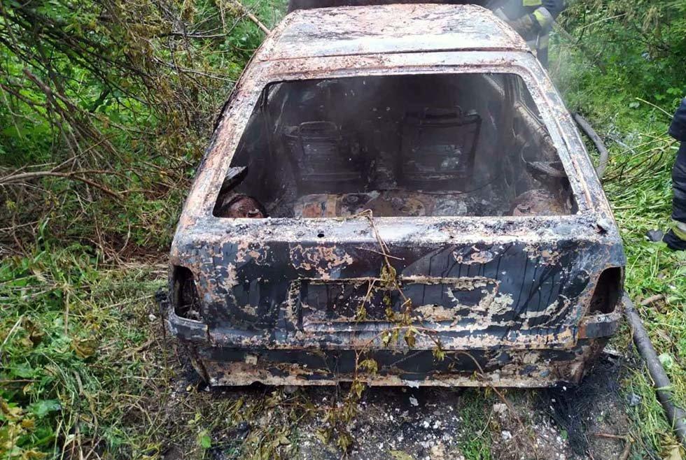 В Днепре на временной остановке сгорела легковушка, - ФОТО, фото-2