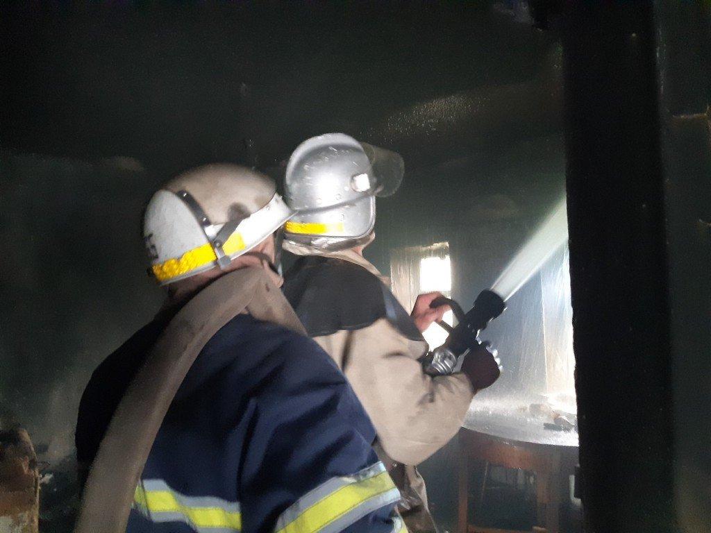 На Днепропетровщине произошло возгорание в комнате жилого одноэтажного дома, - ФОТО, фото-1