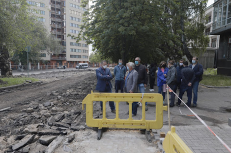 Борис Филатов о капитальном ремонте площади Шевченко: один из приоритетов в реконструкции городских территорий - удобство для пешеходов, фото-8