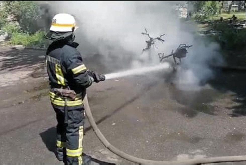 Под Днепром на стоянке загорелся мотороллер, - ФОТО, фото-2