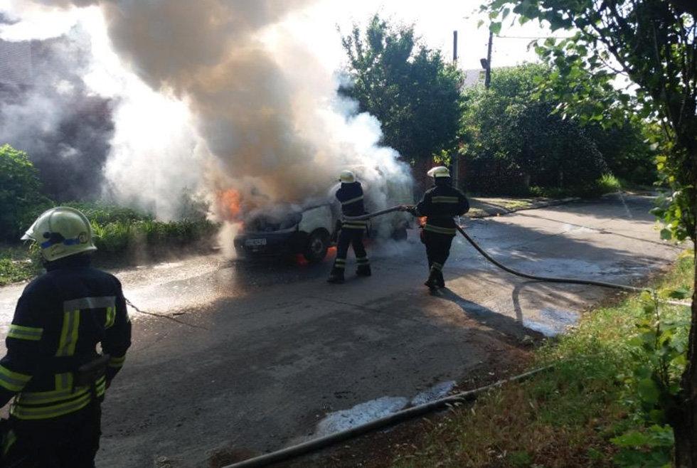 Под Днепром мужчина сгорел в легковом автомобиле, - ФОТО, фото-2