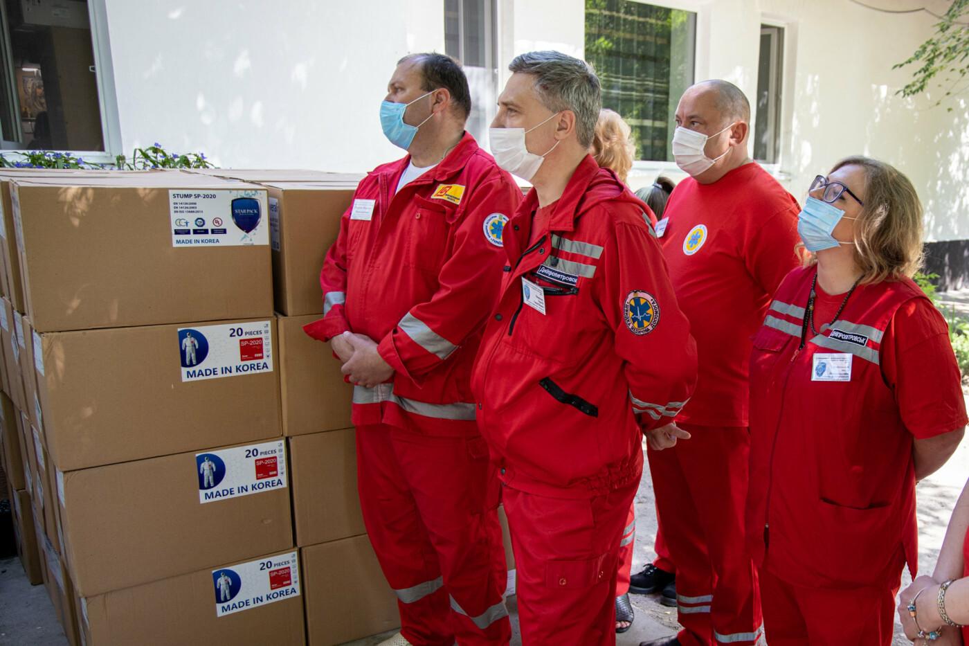 Врачи Днепропетровщины получат более 18 тысяч биозащитных костюмов, - ФОТО, фото-4