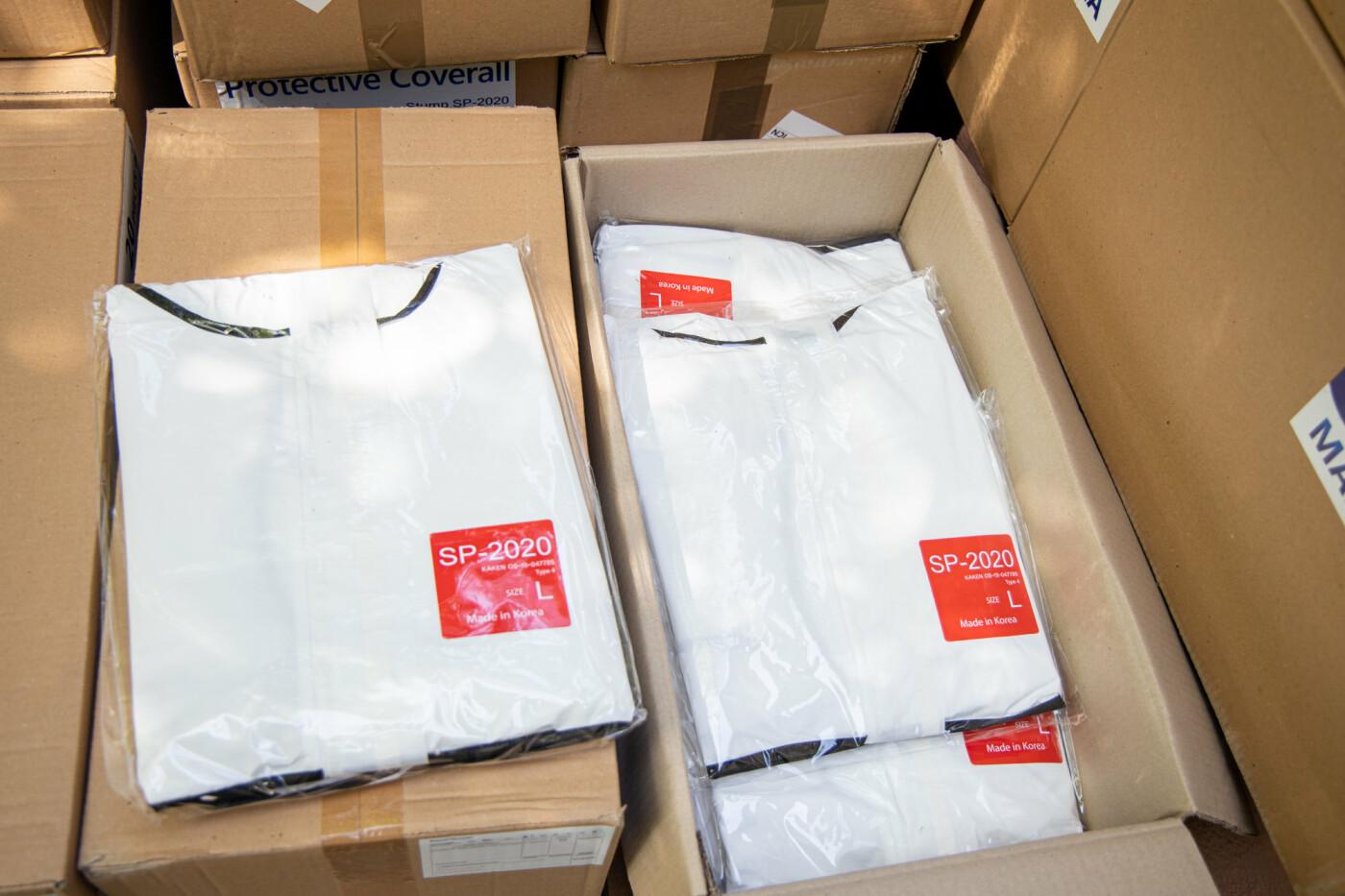 Врачи Днепропетровщины получат более 18 тысяч биозащитных костюмов, - ФОТО, фото-5