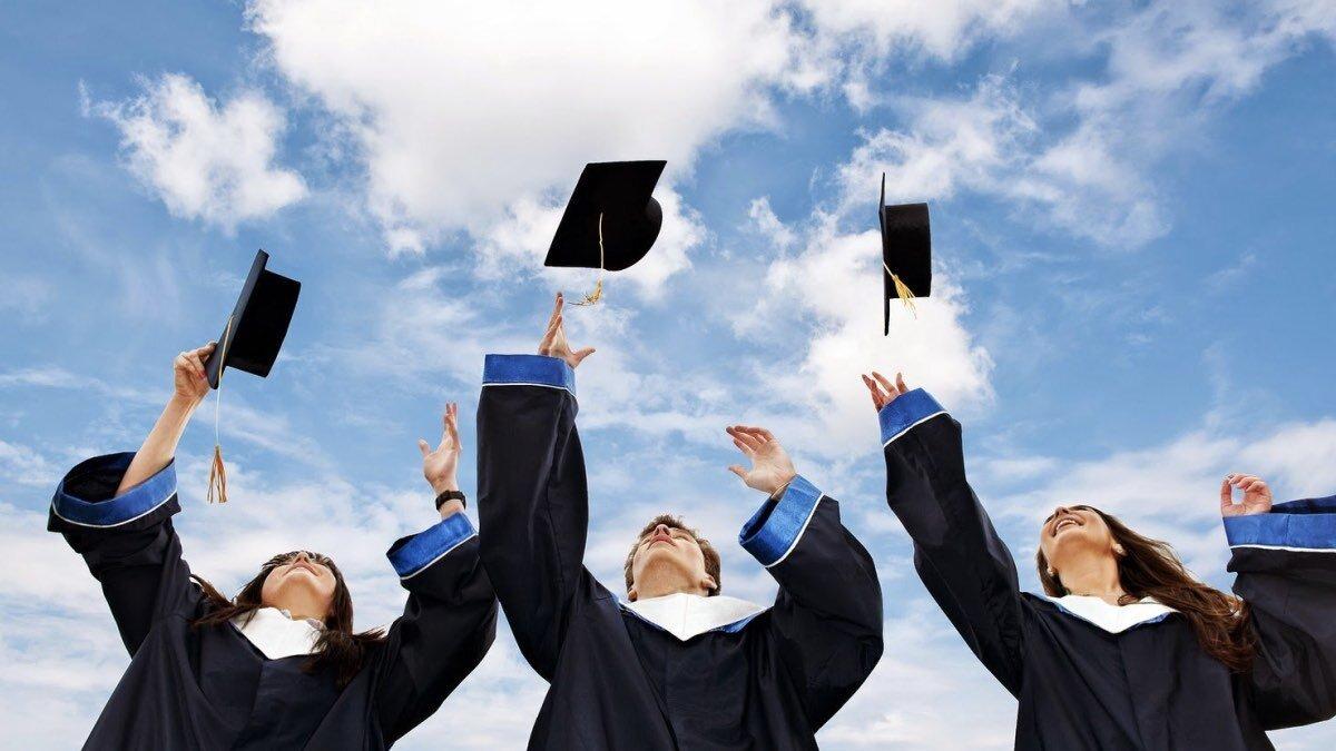 В Украине требуют отменить повышение стоимости за обучение в ВУЗе, - ПЕТИЦИИ, фото-1