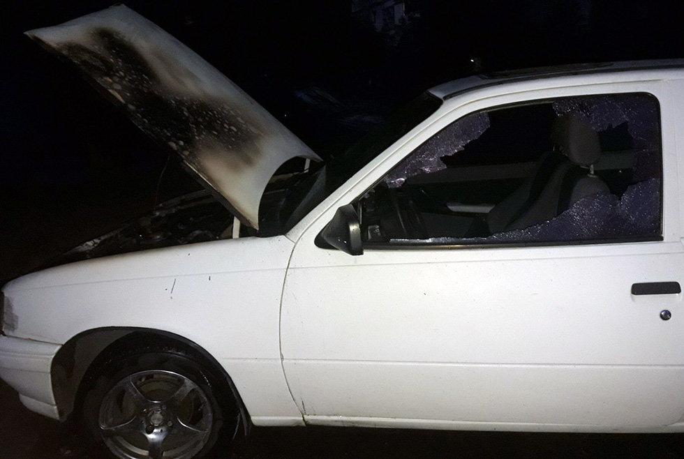 В Днепре горел легковой автомобиль, - ФОТО, фото-1
