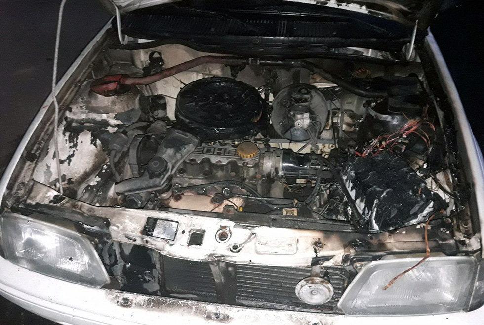 В Днепре горел легковой автомобиль, - ФОТО, фото-2