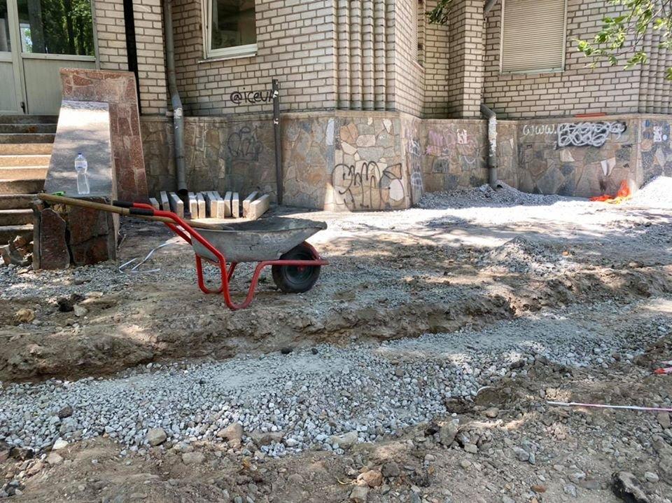 Ремонтные работы: в центре Днепра обновляют парковочные места, - ФОТО, фото-3
