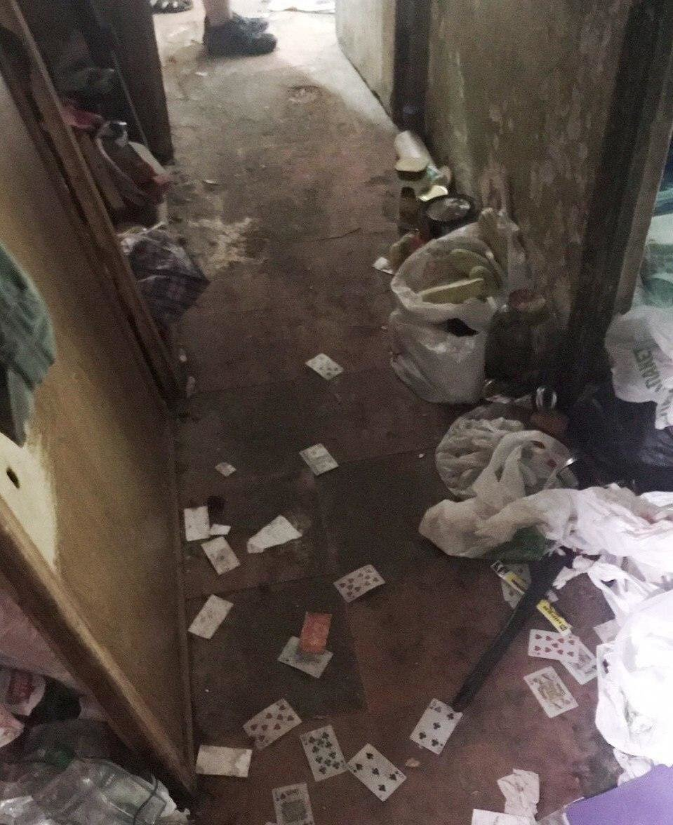 В Днепре из квартиры женщины вывезли 3 тонны мусора, - ФОТО, ВИДЕО, фото-8