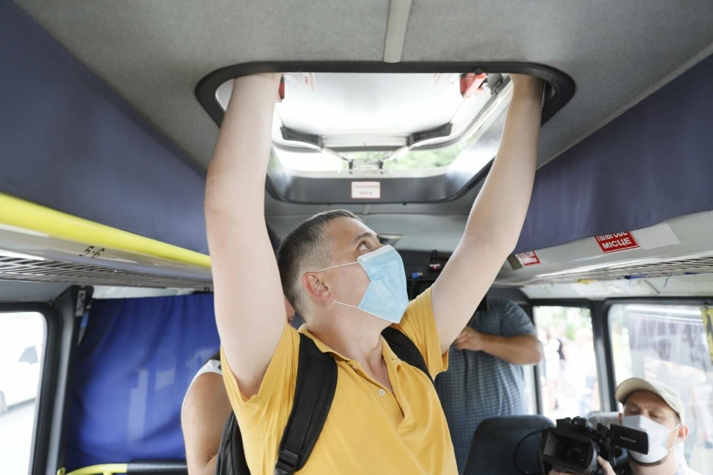 В Днепре старые маршрутки убирают с рейсов, - ФОТО, фото-11