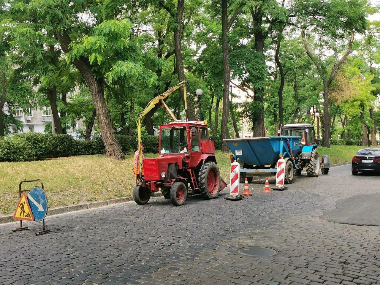 В центре Днепра чистят и заменяют ливневки, - ФОТО, фото-3