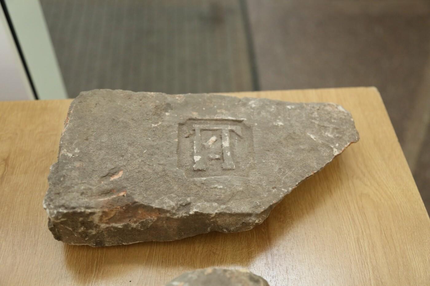 В Днепре продемонстрировали артефакты с раскопок церкви Лазаря, - ФОТО, фото-5