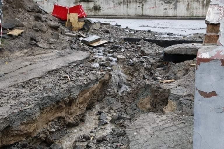В Днепре на Крестьянском спуске в третий раз за два месяца размыло дороги, - ФОТО, фото-10