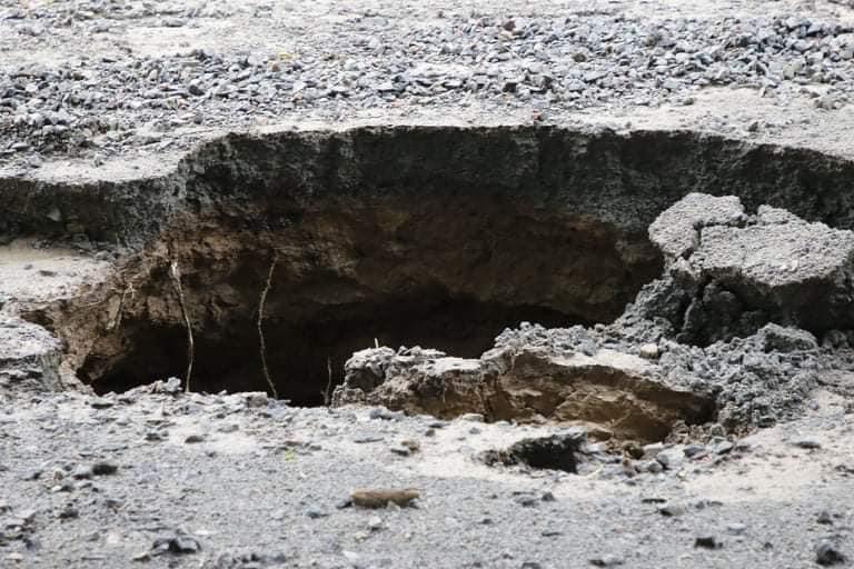 В Днепре на Крестьянском спуске в третий раз за два месяца размыло дороги, - ФОТО, фото-7