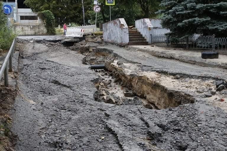 В Днепре на Крестьянском спуске в третий раз за два месяца размыло дороги, - ФОТО, фото-9