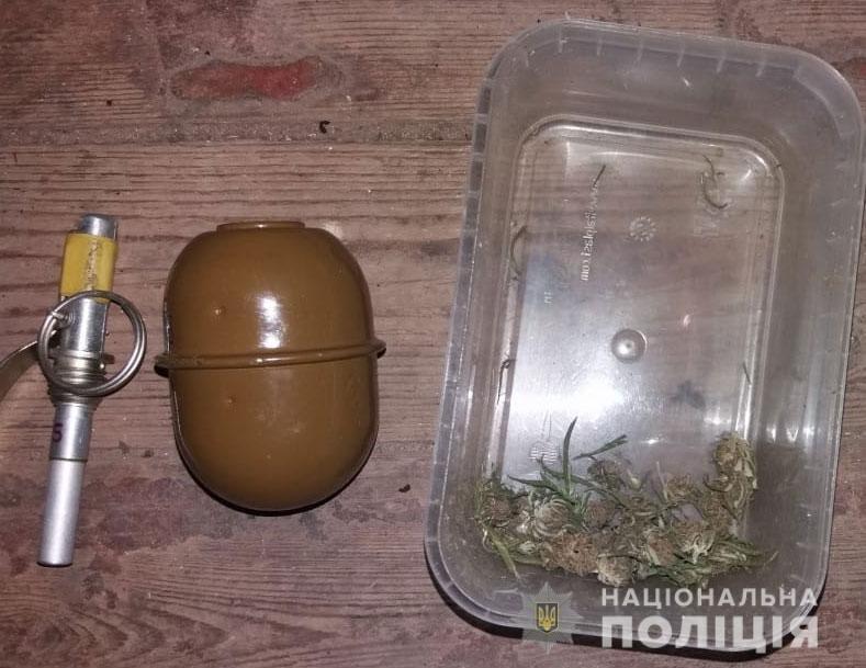 В Днепре мужчина хранил у себя дома наркотики на сумму около полмиллиона гривен, - ФОТО, ВИДЕО, фото-6