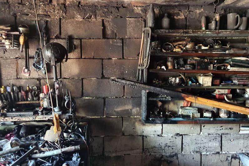 В Днепре на частной территории загорелся гараж, - ФОТО, фото-2