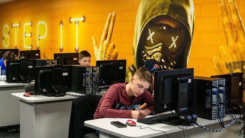 У Дніпрі відкривають школу з поглибленим вивченням IT та іноземних мов, фото-1