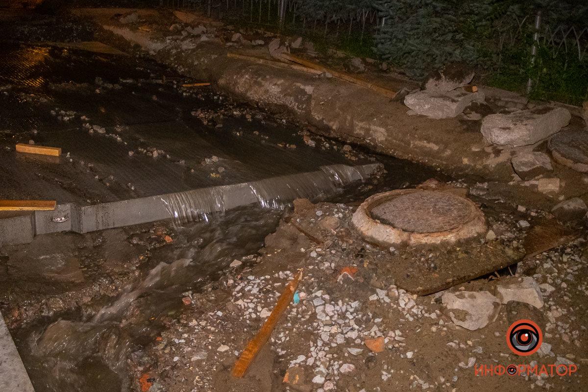 Прорвало канализацию: в Днепре вновь размыло Крестьянский спуск, - ФОТО, фото-5