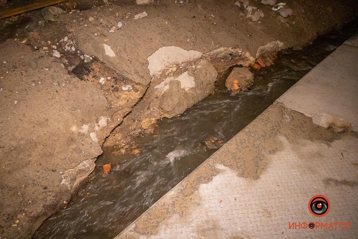 Прорвало канализацию: в Днепре вновь размыло Крестьянский спуск, - ФОТО, фото-6