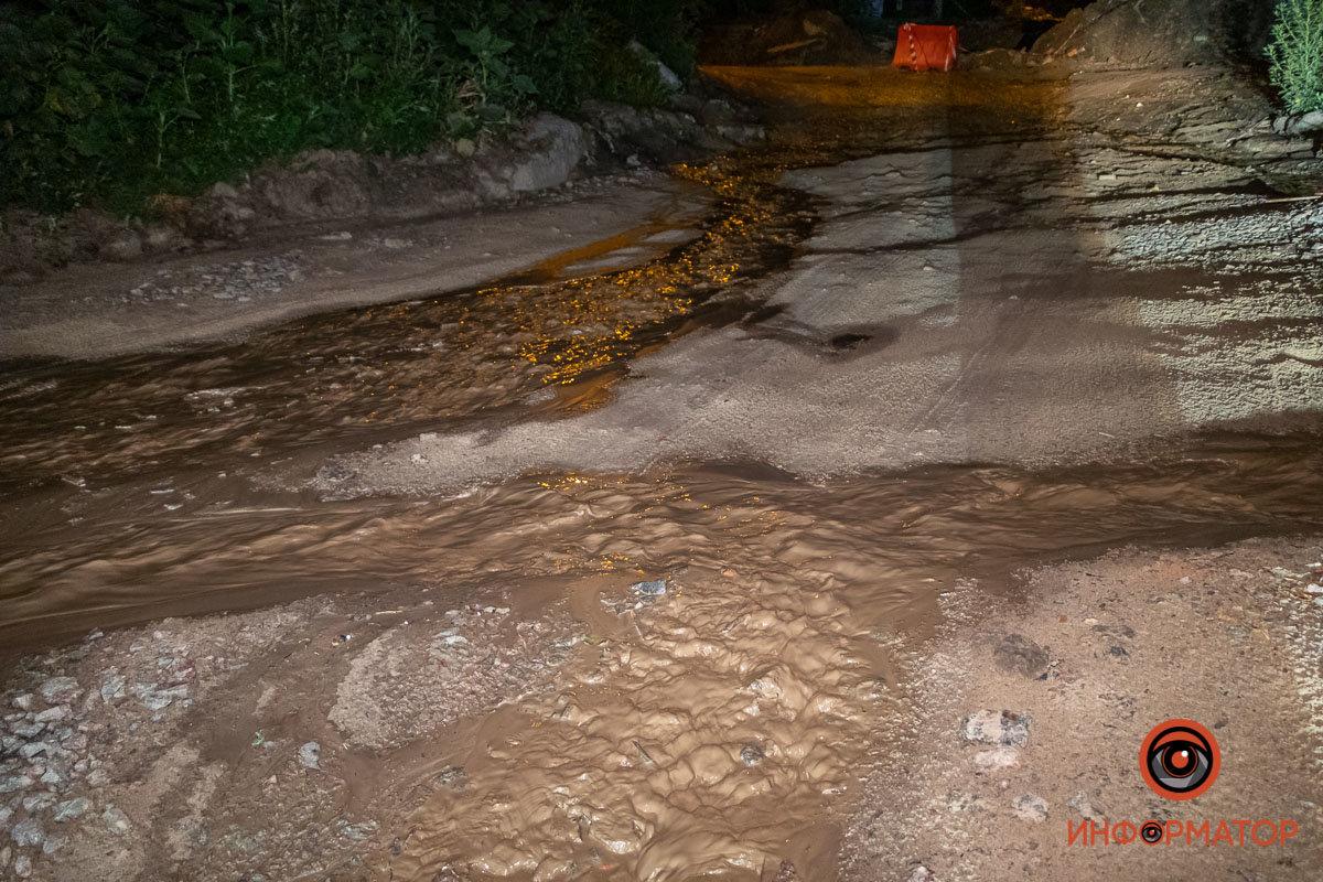 Прорвало канализацию: в Днепре вновь размыло Крестьянский спуск, - ФОТО, фото-8