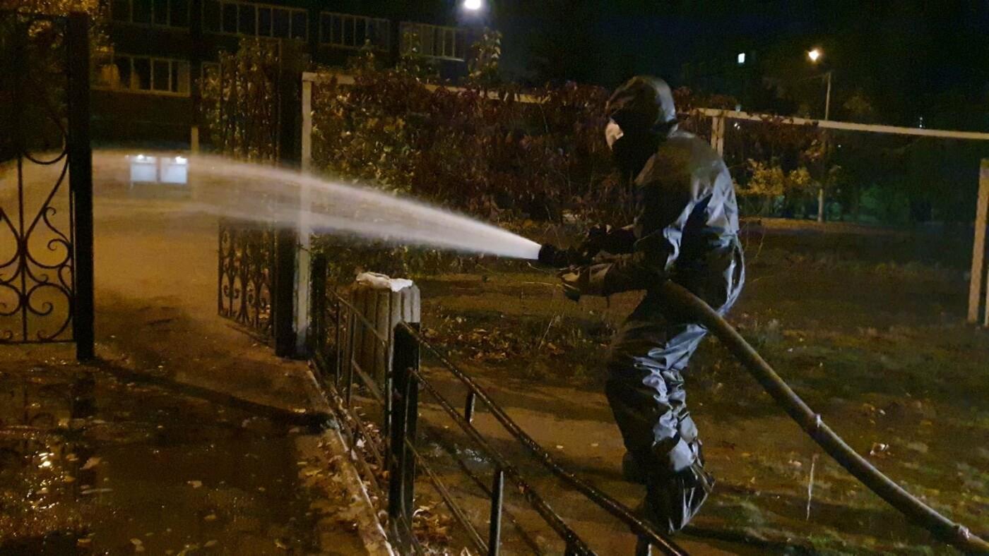 В Днепре спасатели продезинфицировали улицы перед выборами, - ФОТО, фото-6
